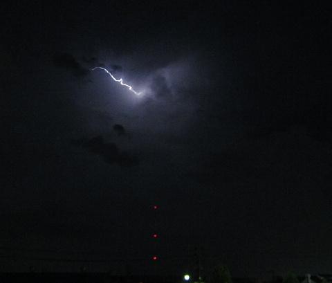 120901 Thunder ~1.jpg
