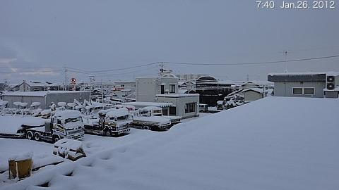 SnowingScene 120126-0740.jpg